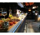 Uitgebreide luxe wijnproeverij met aangepaste hapjes